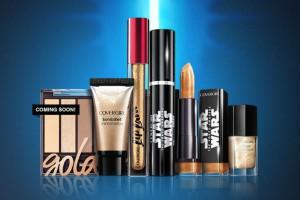 Covergirl sort une collection de maquillage Star Wars