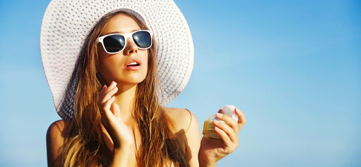 De l'importance de porter un filtre solaire au quotidien