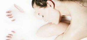 Comment préparer un bain pour une belle peau ?