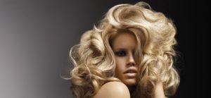 Comment donner du volume aux cheveux fins ?