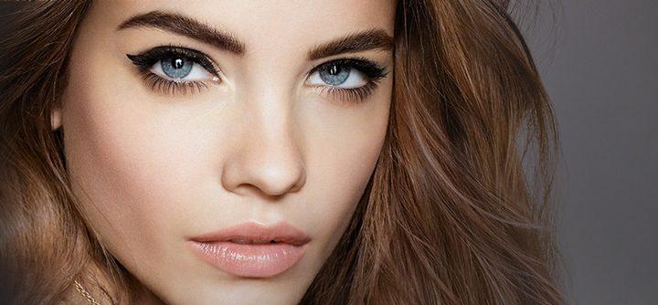 Comment rafraichir son make-up dans la journée ?