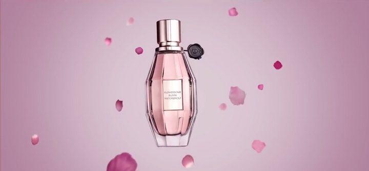 La publicité de Flowerbomb Bloom