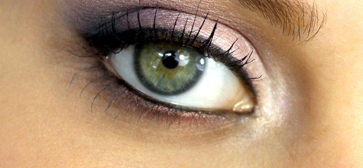 Des yeux verts ? Apprenez à bien les maquiller !