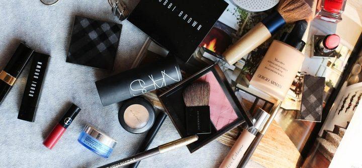 Comment organiser une trousse de maquillage ?