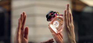 La publicité décalée pour le nouveau parfum Twilly d'Hermès
