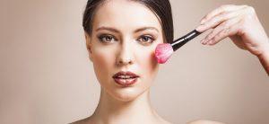 Quel maquillage pour affiner son nez ?