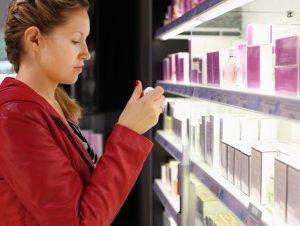 Comment bien choisir un parfum à offrir ?