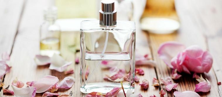 Pour la Saint-Valentin, offrez un parfum à Madame !
