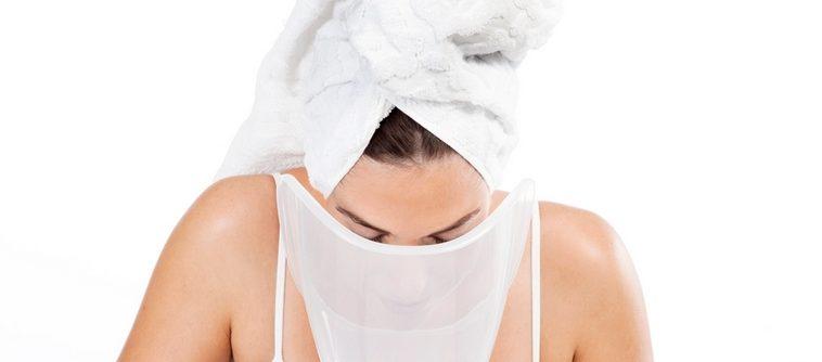 Un sauna facial : la nouvelle solution hydratation pour les peaux mixtes
