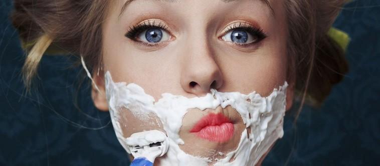 3 astuces pour éliminer ou camoufler le duvet sur le visage