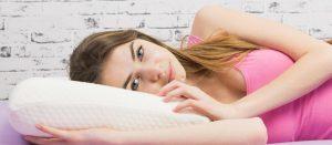 Astuces pour éviter la trace d'oreiller au réveil !